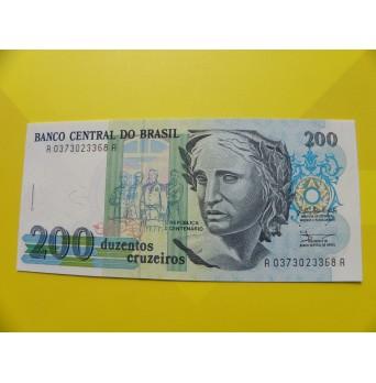 bankovka 200 cruzeiros Brazílie - série A