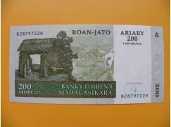 bankovka 200 madagarských ariarů/2004 bbb