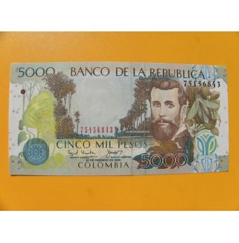 bankovka 5000 kolumbijských pesos/2004